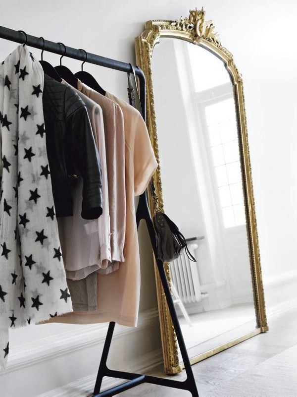 no-closet-organizing-ideas-blogdotjelanieshopdotcom